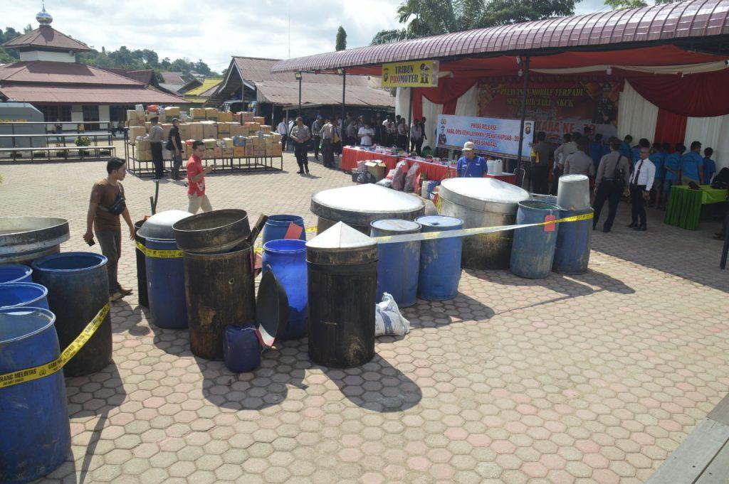Barang bukti yang disita Polres Sanggau dalam operasi pekat