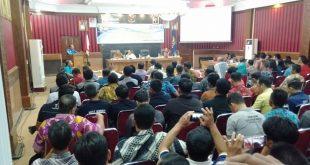 Foto—Wabup Yohanes Ontot memberikan sambutan pada rapat koordinasi verival data kemiskinan BPNT dan RTLH Tahun 2019, Jumat (23/8) di aula lantai I Kantor Bupati Sanggau