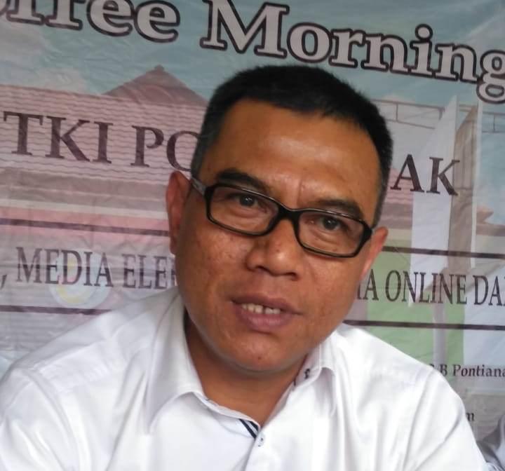 Kepala Balai Pelayanan Penempatan dan Perlindungan Tenaga Kerja Indonesia (BP3TKI) Pontianak, Erwin Rachmat