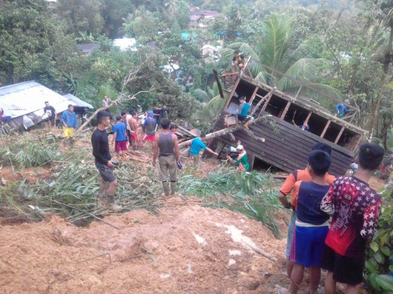 Cuaca buruk dan extrime, serta hujan deras mengguyur di beberapa tempat, di kabupaten Bengkayang, mengakibatkan terjadi bencana longsor di dusun Medeng, RT 002,  Desa Sungkung II, Kecamatan Siding, Kabupaten Bengkayang pada Januari 2019 lalu.