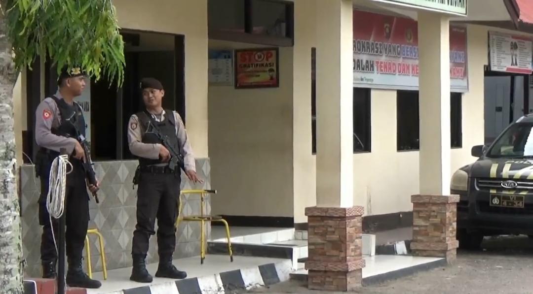 Penjagaan di Polres Landak  diperketat rabu (13/11/2019).