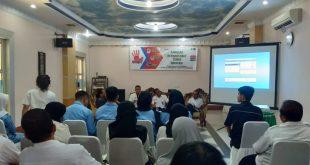 Foto-- Suasana talkshow Pojok si Gondrong bahas persaoalan pencegahan Narkoba di Kabupaten Sanggau berlangsung interaktif, Rabu (27/11)