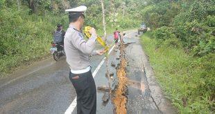 Jalan Provinsi Penghubung Antar Desa di Kecamatan Manyuke Amblas