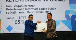 Pontianak kembali meraih penghargaan sebagai Badan Publik Informatif dari Komisi Informasi Provinsi Kalbar