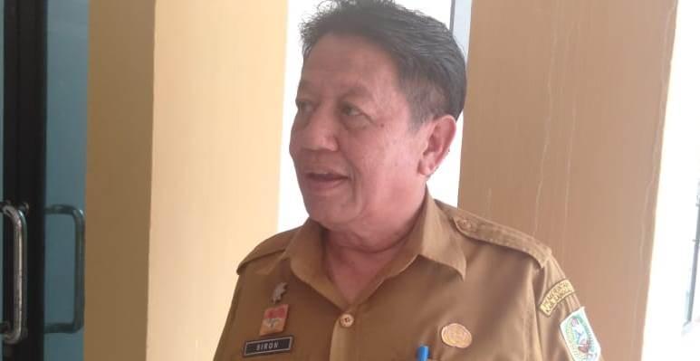 Foto---Kepala DPM Pemdes Kabupaten Sanggau, Siron