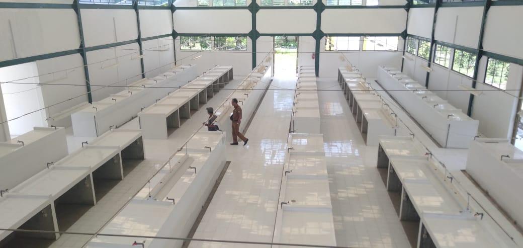 Foto---Kondisi lapak di pasar rakyat Sekayam yang sudah rampung dibangun---Kiram Akbar