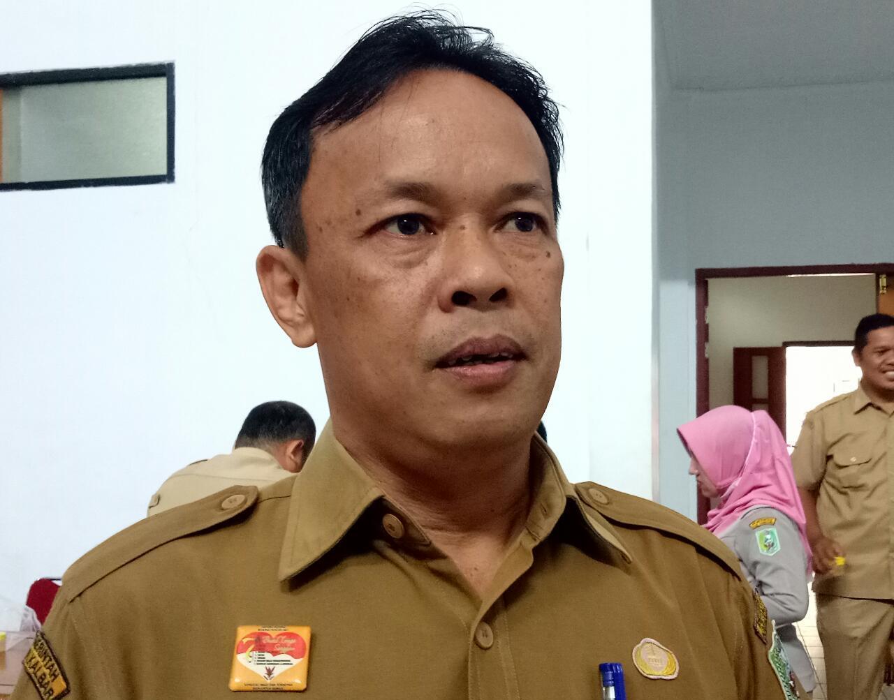 Foto--Kepala Kepegawaian dan Pengembangan Sumber Daya Manusia (BKPSDM) Kabupaten Sanggau, Herkulanus HP