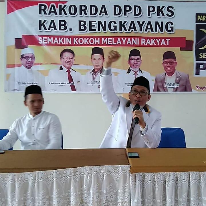 Ketua DPW PKS Kalbar, Arif Joni Prasetyo dalam Rakorda PKS Bengkayang 2020.